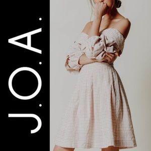 Chriselle x J.O.A. Tiered Sleeve Minidress J.O.A.
